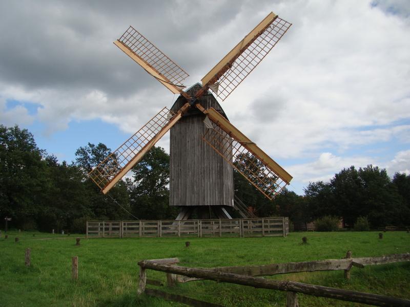Bockwindmühle aus Essern